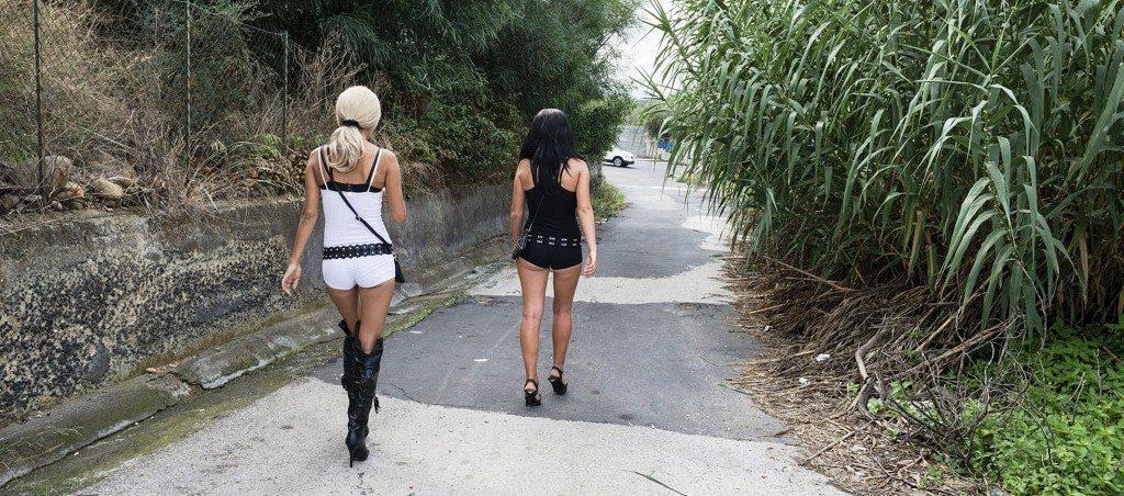 Prostitutes Avola